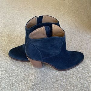 Lucky Brand Suede Blue Booties (size 9)